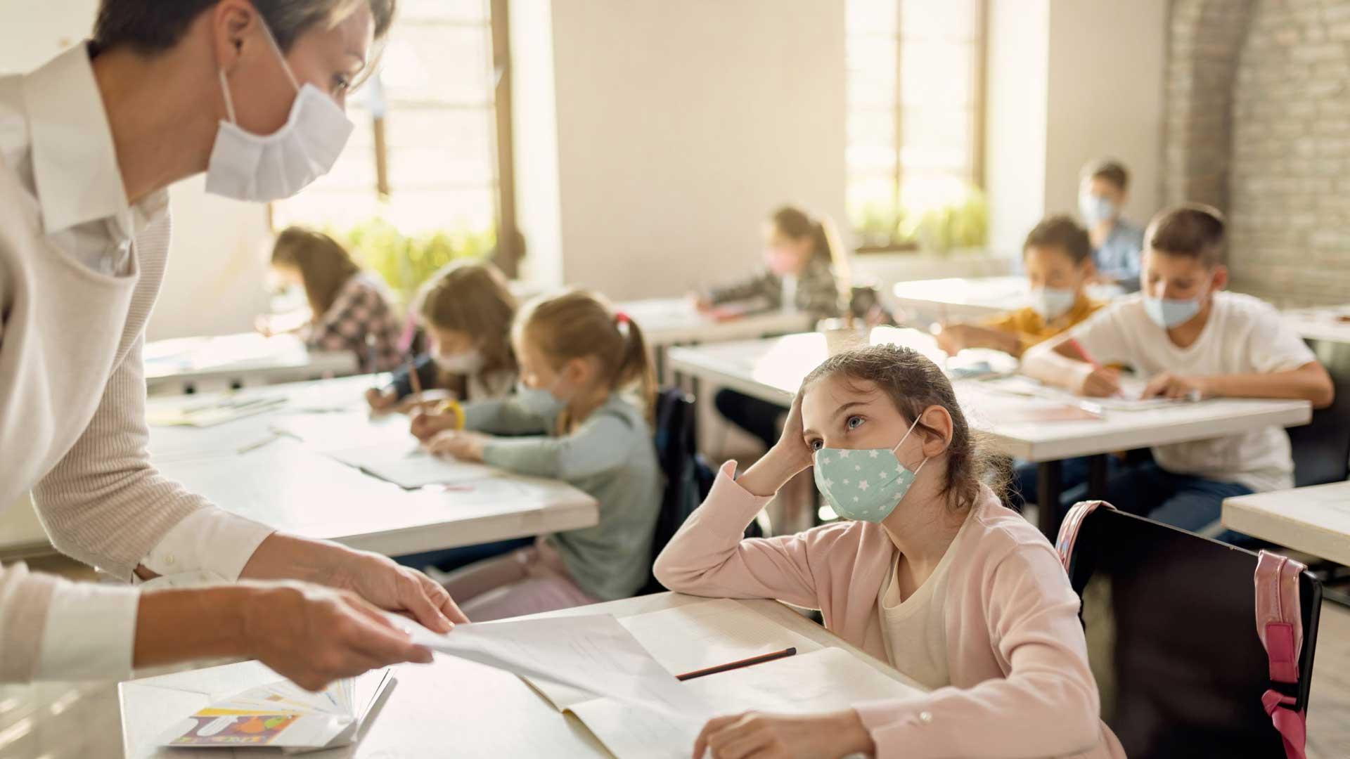 Sorin Cîmpeanu: Cadrele didactice nevaccinate ar putea să predea online