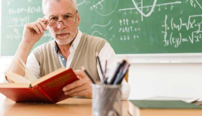 Sindicatele din învățământ: Ministerul Educației a înțeles să continue în a impune unităților de învățământ preuniversitar să recurgă la ilegalități