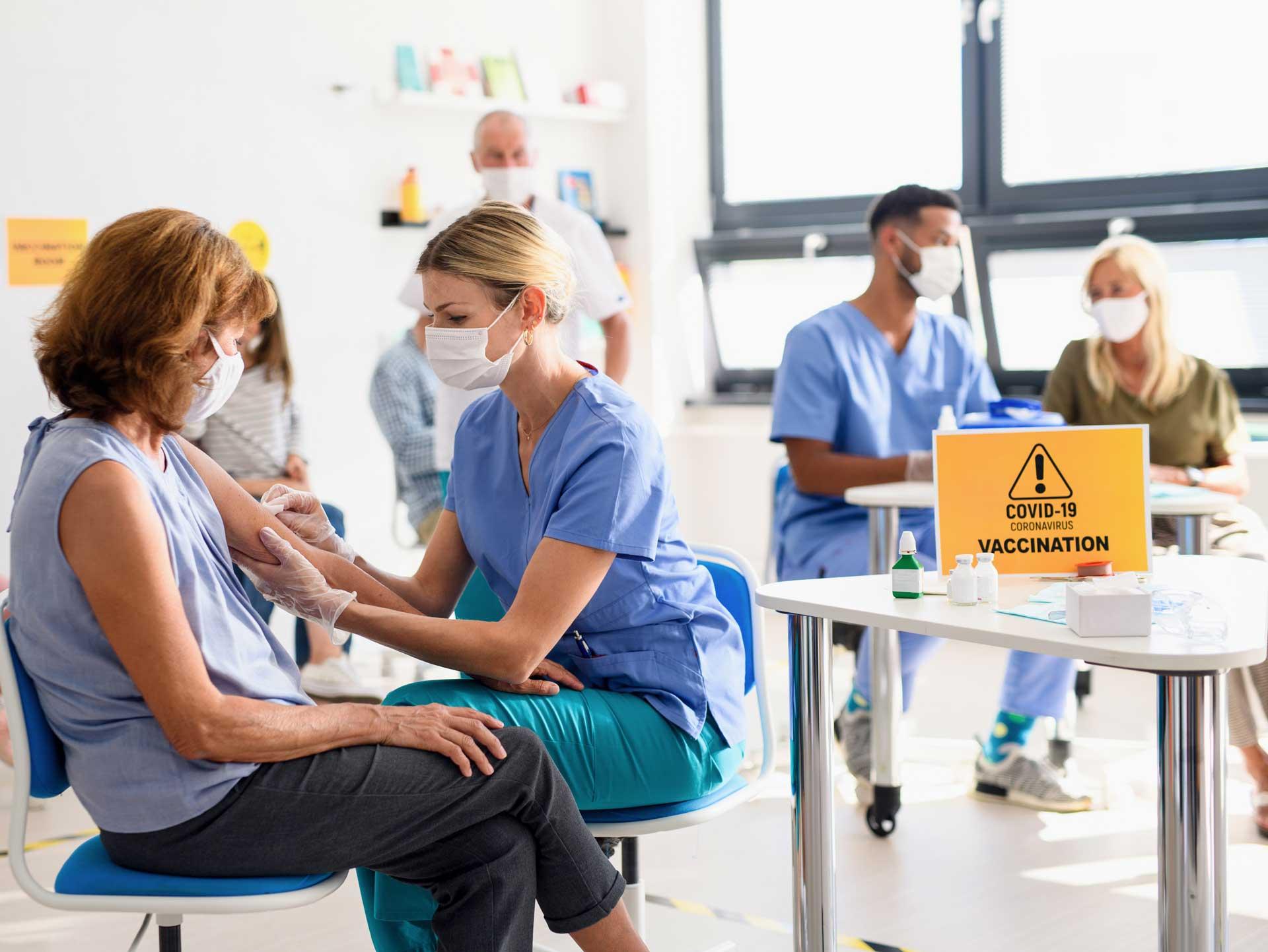 Vaccinare și testare în farmacii