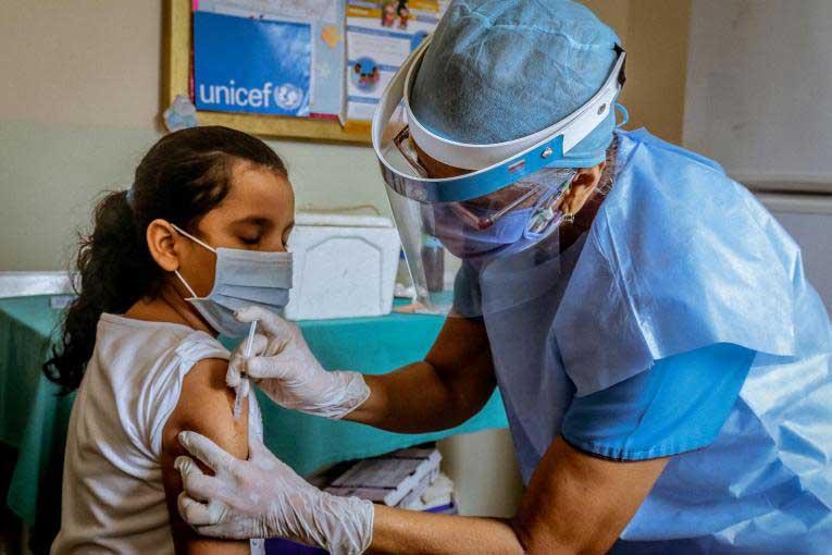 Progres important în vaccinarea tinerilor de 12-15 ani