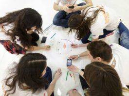 Domeniile umaniste, principala direcție de orientare profesională a tinerilor de azi